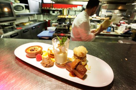Cafe gourmand picture of l 39 ardoise chinon tripadvisor - Service cafe gourmand ardoise ...