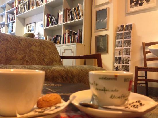 Caff foto di bukowski s bar roma tripadvisor for Arredamento radical chic