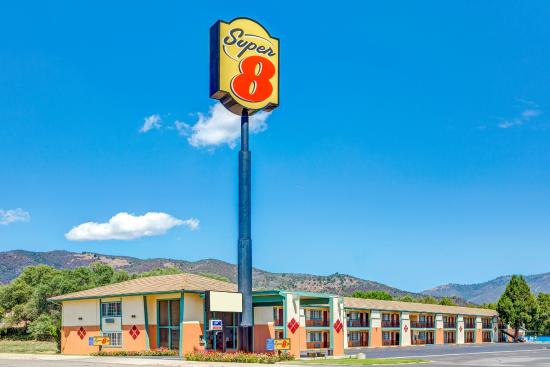 Photo of Super 8 Yreka
