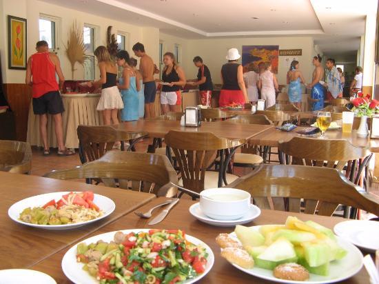 Peymen Hotel : Ужин