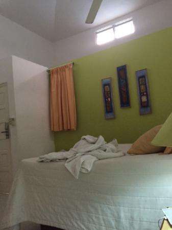 Hotel Celuisma Cabarete: окна в номере были очень странные, а дверь на балкон не открывалась