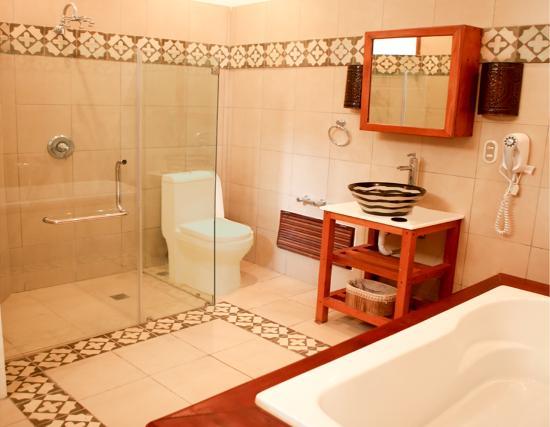 Casa Sanchez Boutique Hotel: Beautiful Bathrooms