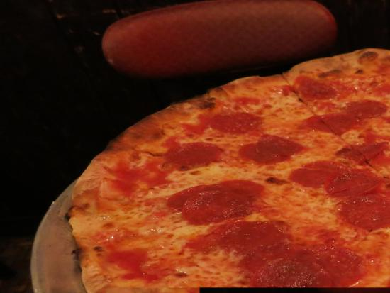 Patsy's Pizza : coal oven pizza