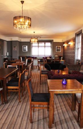 Nine Bar & Lounge