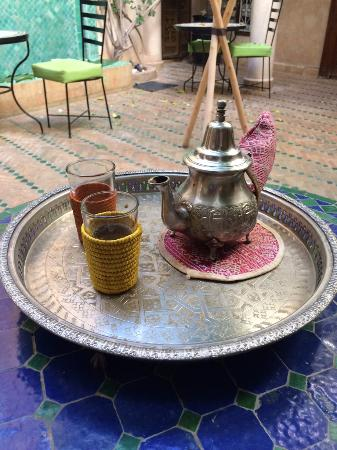 Riad Abaka: Tea Time (Patio)