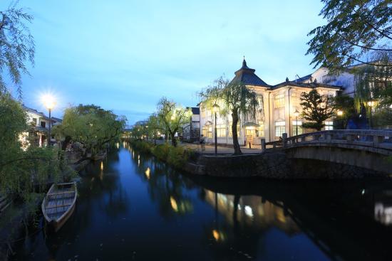 Kurashiki Bikan Historical Quarter: 光で浮かび上がる倉敷館