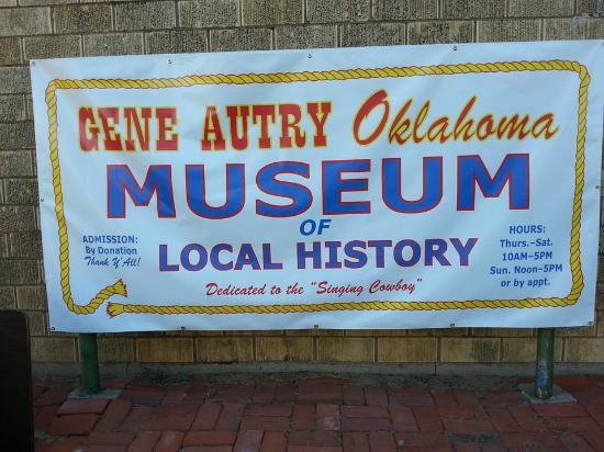 Gene Autry, โอคลาโฮมา: Freshened up signage