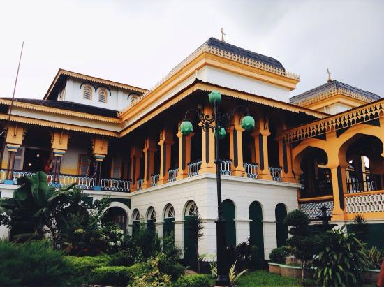 Maimun Palace Traditional Malay House From The Outside Spanish Indian And Italian Interior