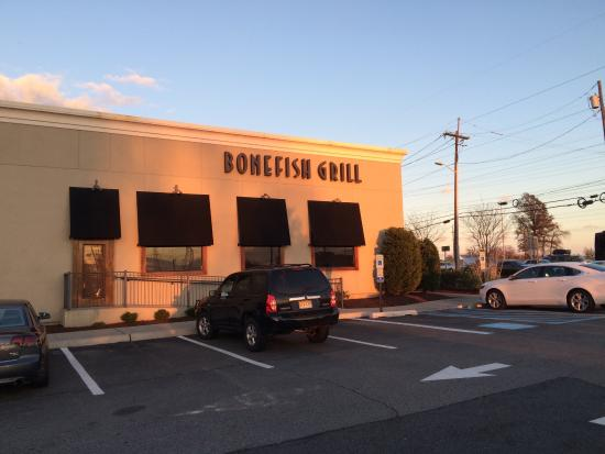 what to look for picture of bonefish grill iselin tripadvisor. Black Bedroom Furniture Sets. Home Design Ideas