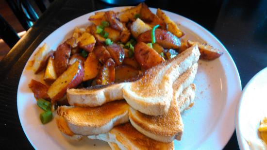 Σεντ Άντονι, Μινεσότα: American Fries and White Toast.