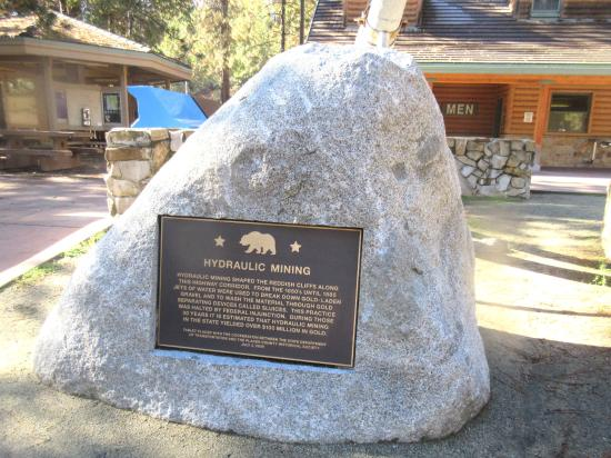 Downieville, Califórnia: Mining Exhibit, Rest Stop, Tahoe National Forest, Ca