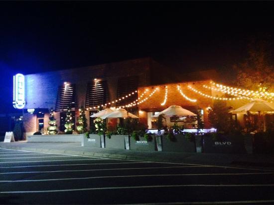 West Saint Paul, Миннесота: BLVD Bar and Grille