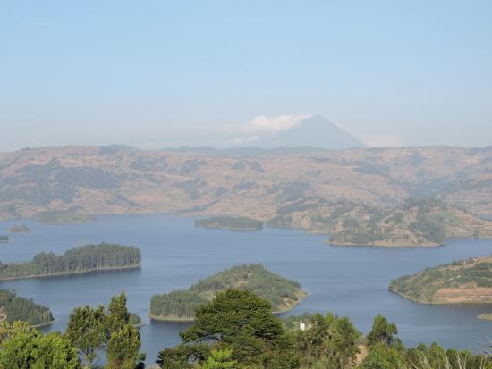 Bushara Island Camp: Lake Bunyonyi