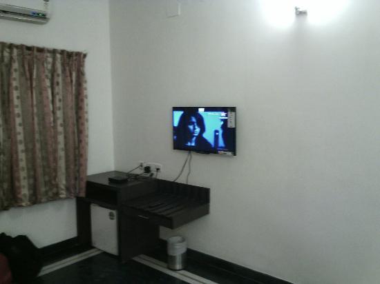 Ashok Residency: IMG_20150813_015304_large.jpg