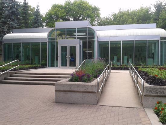 Leo Mol Sculpture Garden : entrada do jardim