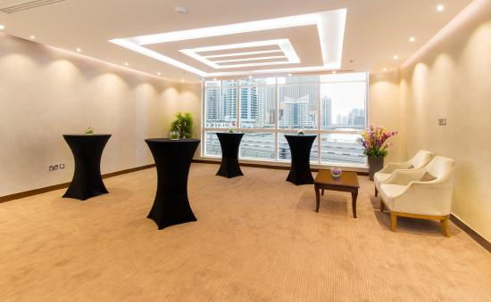 โรงแรมดุสิตเรสซิเด้นซ์ดูไบมารินา: Meetings