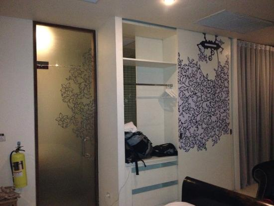 Refill Now!: front door and closet to bathroom with more robot-alien-nature decals