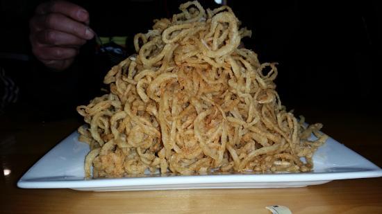 Johnson Creek, WI: Haystack Onion Rings