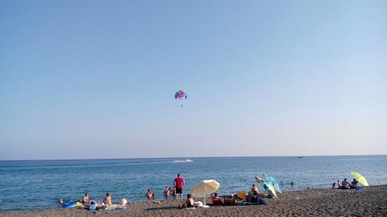 Koutsounari beach: Parasailing на пляже