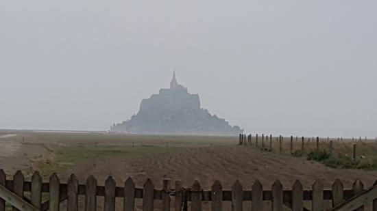 Ardevon, Francia: 朝のモンサンミシェル