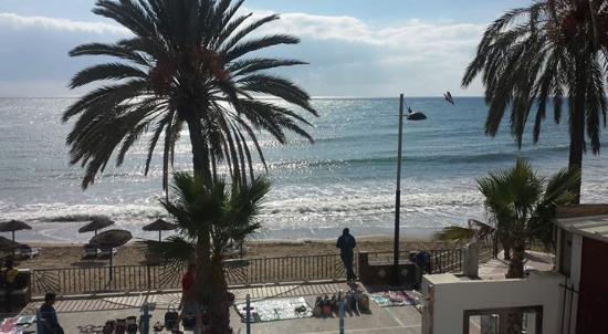 Aparthotel Puerto Azul Marbella : uitzicht vanaf het balkon