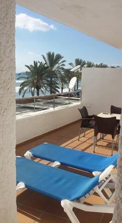 Aparthotel Puerto Azul Marbella : het balkon