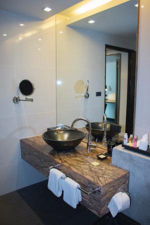 Executive Suite Bathroom Sink