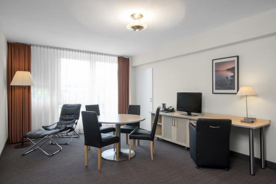 NH Berlin City West: Junior Suite