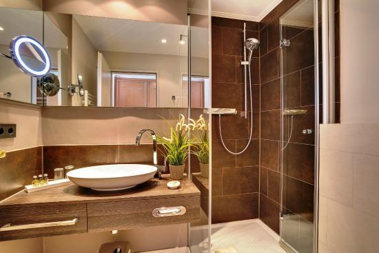 Badezimmer Standard - Bild von Upstalsboom Hotel ...