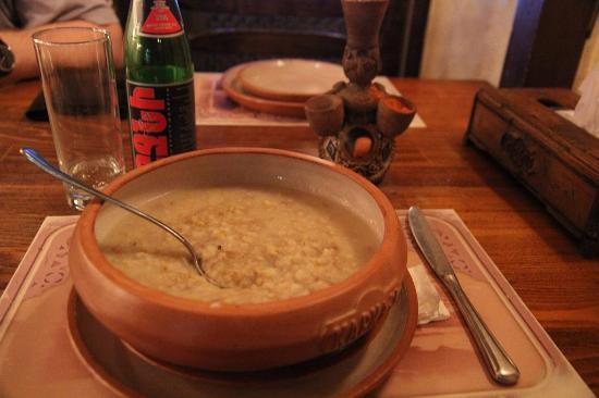 Tavern Yerevan: ариса - каша с мясом