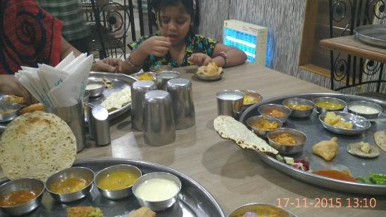 Sasumaa Gujarati Thali Photo