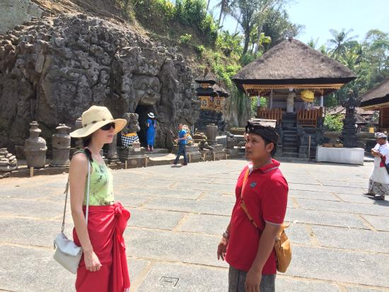 Super Gidna Bali Tour & Guide