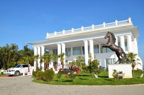 Queen Vali Palace Hotel & Spa