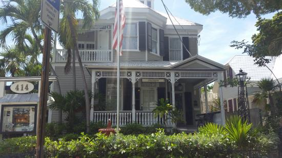 Pilot House Guest House: charming hotel