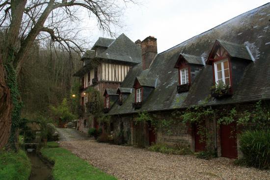 Le Moulin Fleuri du Petit Appeville : Большой дом