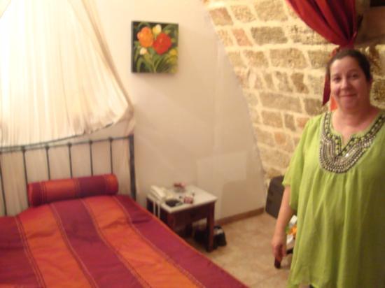 Cava d'Oro Hotel: No quarto a parede curva da adega