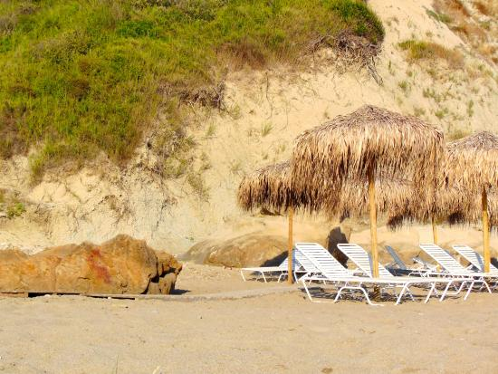 SPIAGGIA DI ARKOUDILAS - Foto di Arkoudilas Beach, Kavos ...