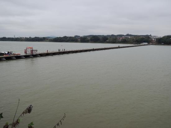 Old Pontoon: River Gan 2