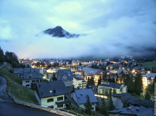 Davos Youth Hostel: 16_large.jpg