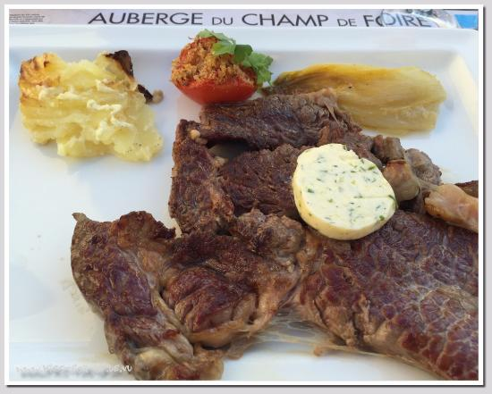 Saint-Benoit-du-Sault, Prancis: Auberge du Champ de Foire - Entrecote