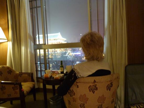 Melody Hotel: вид из окна на Барабанную башню