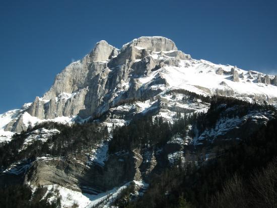Voir la Montagne Autrement - Day Tours