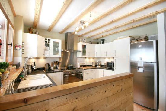 Chalet Annabelle: Open Plan Kitchen