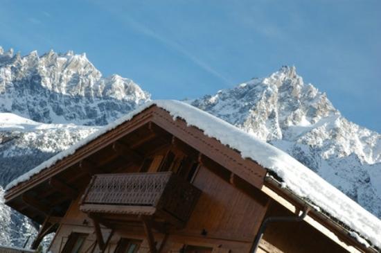 Chalet Annabelle: Mont Blanc as a back drop