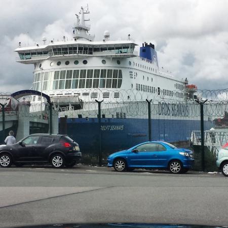 Norfolkline Dunkerque : Ferry in port
