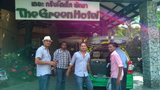 Green Hotel Pattaya: Outside the Hotel