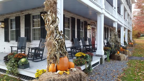 Grafton, VT: seasonal decoration