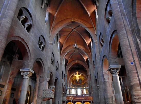Duomo di modena interno picture of duomo di modena for Interno help