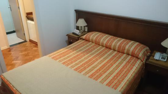 Hotel OK: Cama