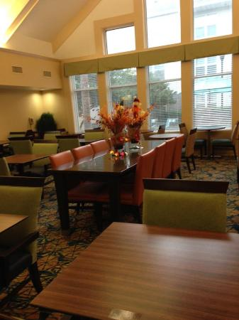 The Inn at Mayo Clinic: Dining
